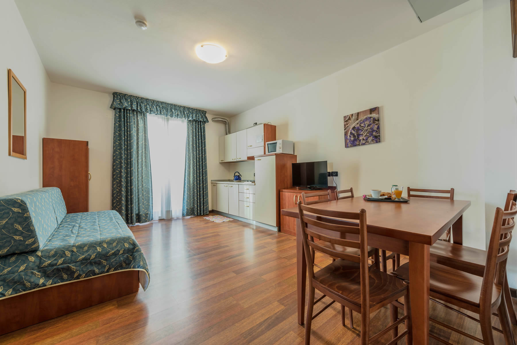 Suite Apartments (aparthoteljesolo) – Family Suite